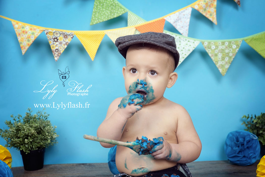 photo anniversaire smash the cake bébé toulon photographe studio