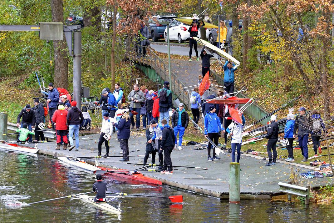 Am Samstag, 10. November, legen die Boote zum Langstreckentest des Landesruderverbandes Berlin ab. Foto: 2000meter.de