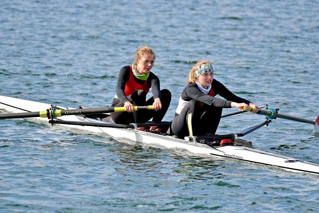 Das reine Hassia-Team Lisa Holbrook, Shirin Dragusha ist im Zweier gemeldet. Foto: 2000meter.de