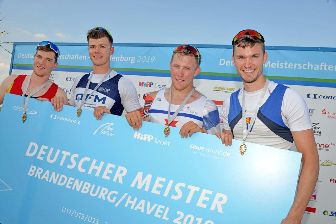 Franz Werner, David Junge, Moritz Wolff, Johannes Lotz (von links). Foto: 2000meter.de