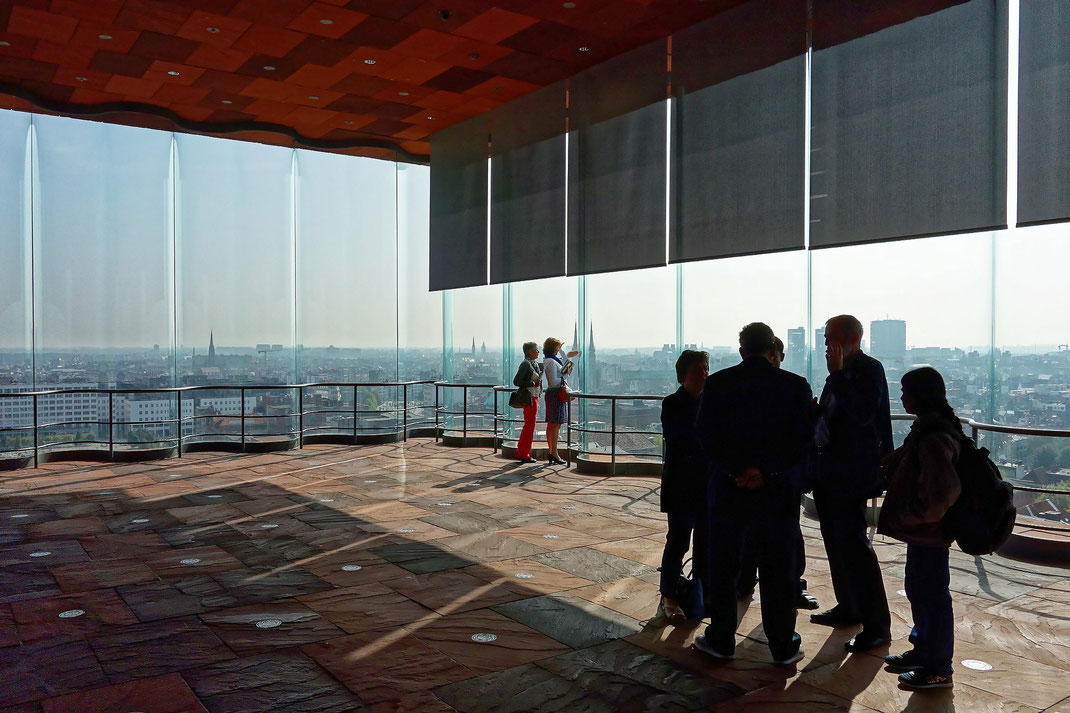 Antwerpen, Museum aan de Stroom, Blick vom MAS auf das Zentrum der Stadt