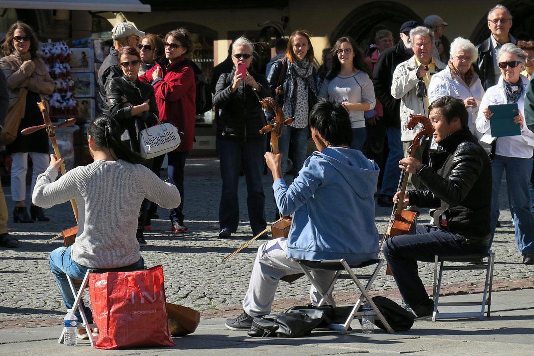 Strassburg - Strassenmusiker vor der Kathedrale