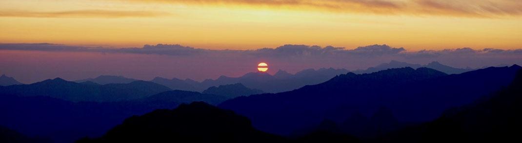 Sonnenaufgang auf der Kanisfluh (Holenke 2.044m)