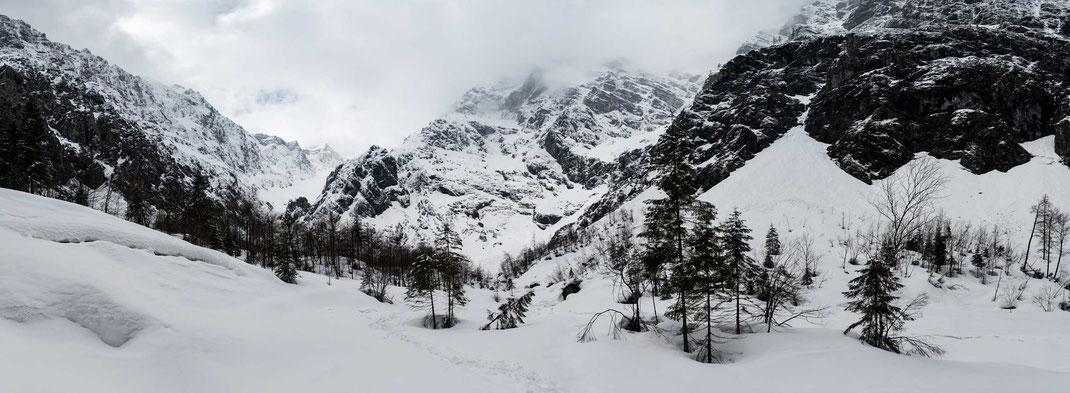 Beeindruckendes Berg-Panorama dort wo ich eigentlich die Eiskapelle sehen wollte
