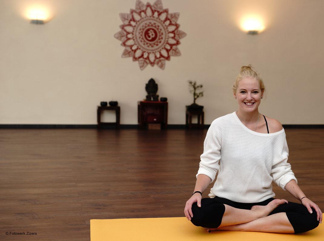 Yoga Zizers Yogawerk Janine Peng