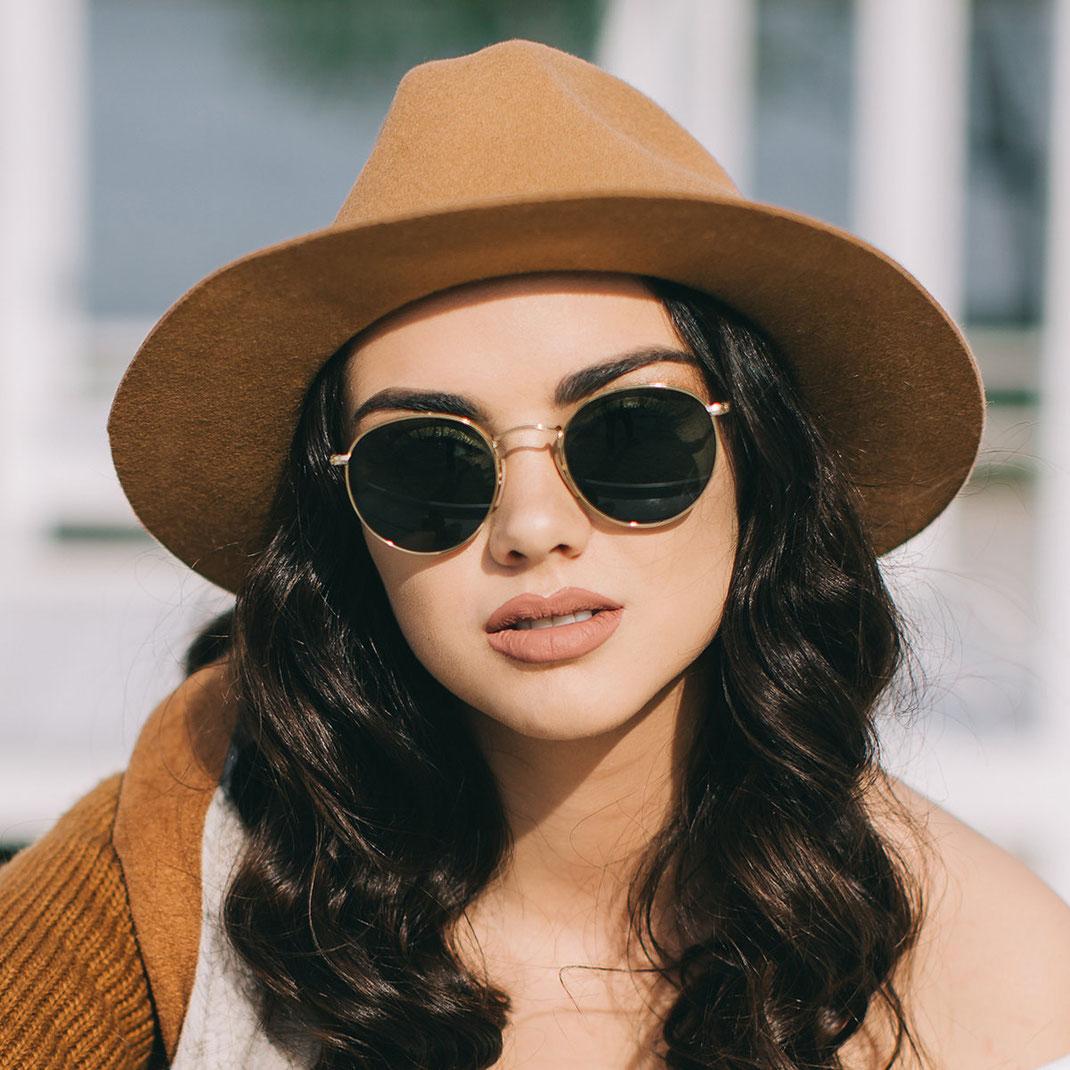 runde aktuelle Sonnenbrille für Damen