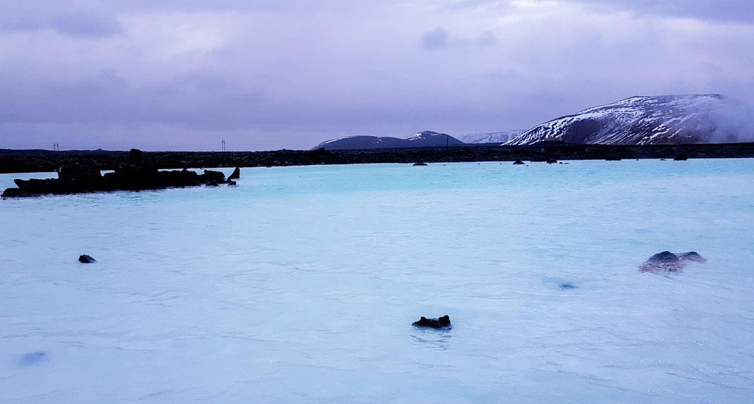 Die Blue Lagoon in Island ist ein beliebtes Wellness Ziel