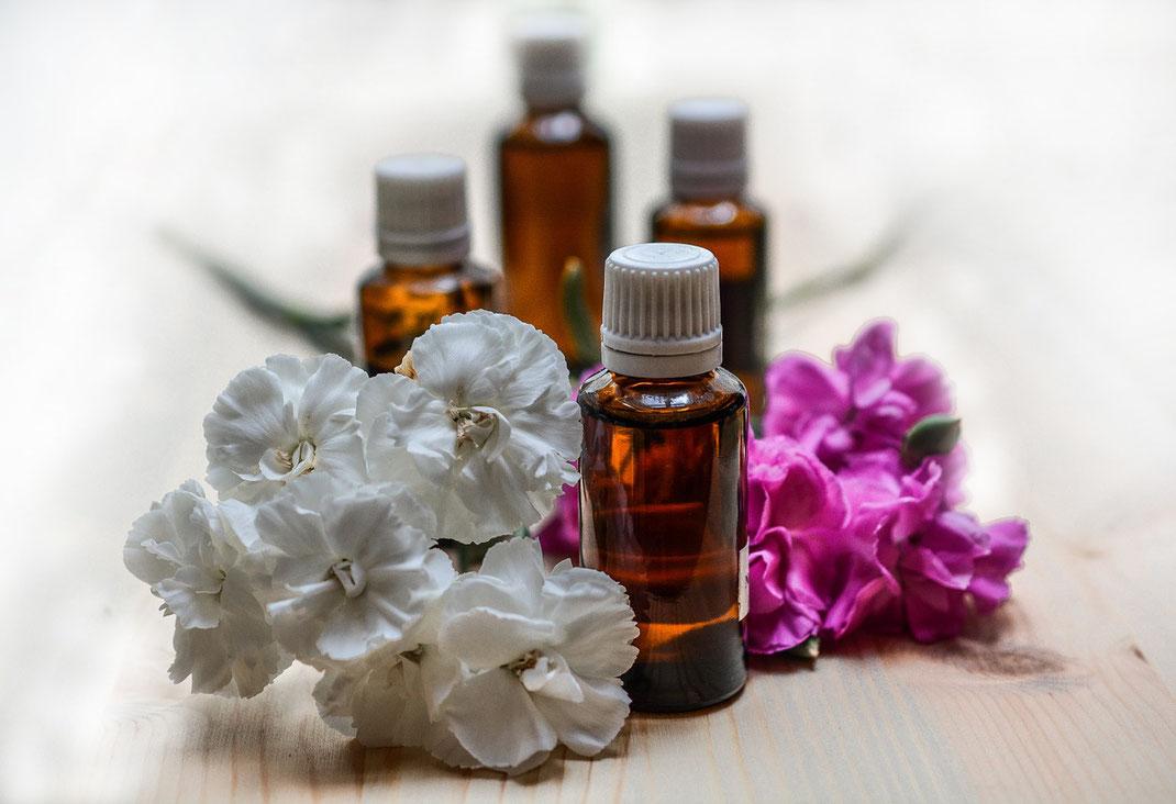 Aromatherapie Öl Massage aktiviert Selbstheilungskräfte
