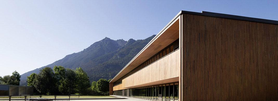 Das Finanzamt in Garmisch-Partenkirchen, fotografiert von Felix Schindele, Murnau.