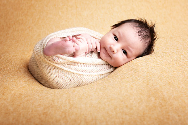 Babyshooting in Bern und Thun, Babyfotoshooting, Babyfotograf, baby fotograf, fotograf babys, fotografin baby, fotoshooting baby bern, fotoshooting baby thun, fotoshooting baby Münsingen