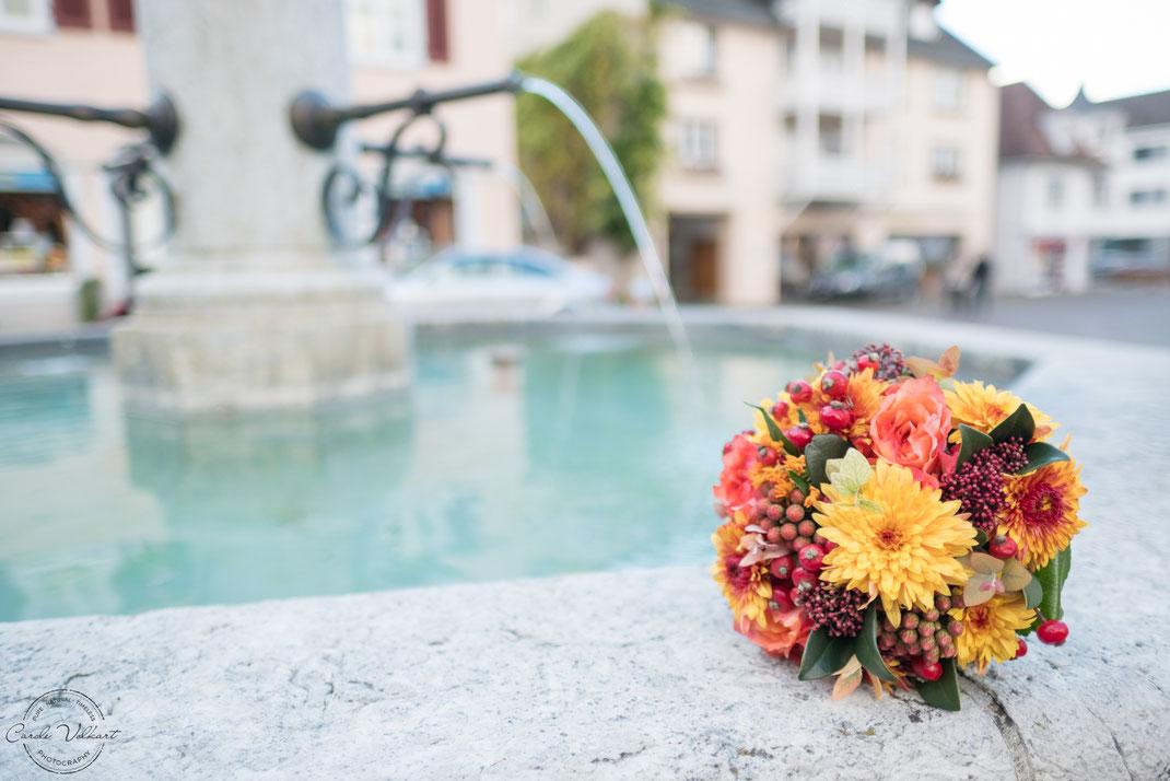Brautstrauss, Hochzeitsfotografie, Hochzeitsfotografin, Standesamt Arlesheim, Basel