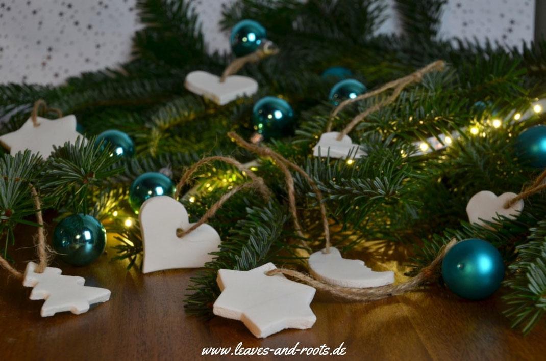 DIY Weihnachtsbaum Schmuck aus Natron und Stärke