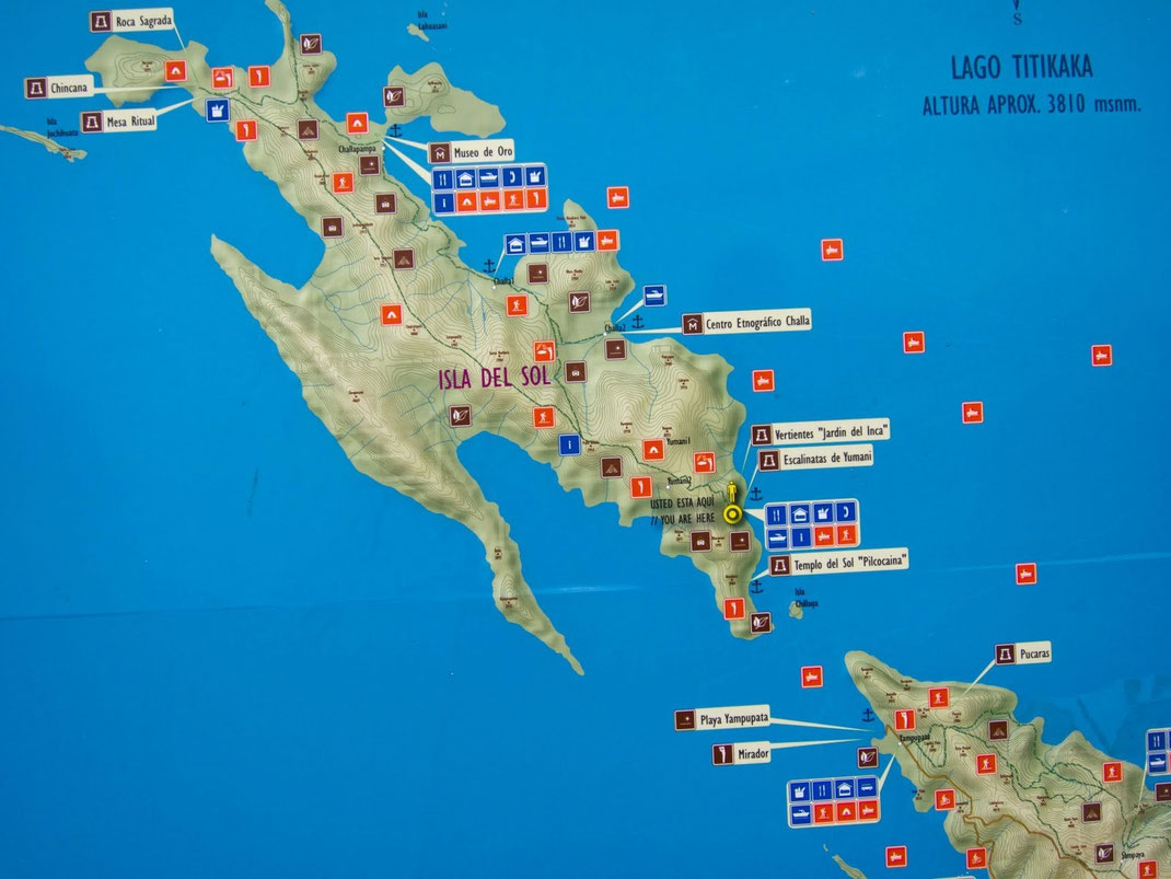 """Carte de l'île avec en pointillé au centre, la randonnée """"traversée"""" que nous avons effectuée en aller-retour dans la journée (long mais à ne pas rater)"""