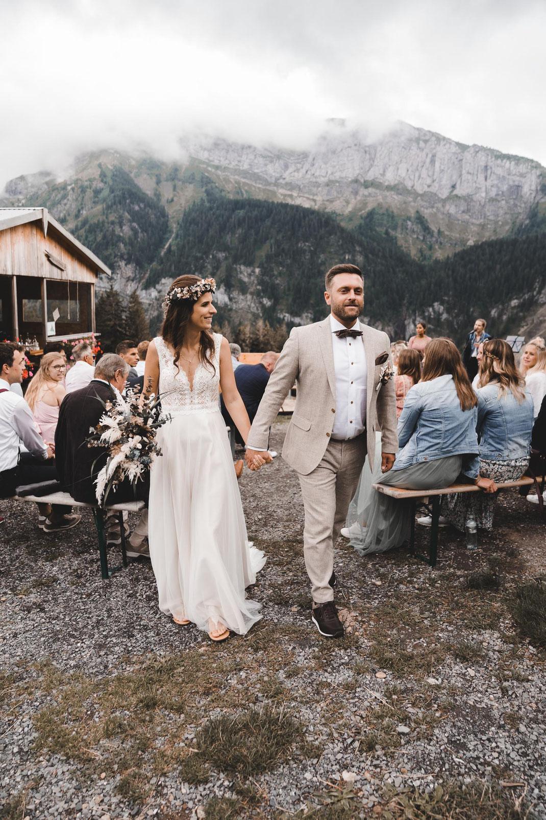 Auszug Braut und Bräutigam