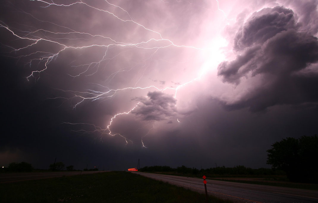 Die wichtigste Resource, ist plötzlich giftig. | The Rain