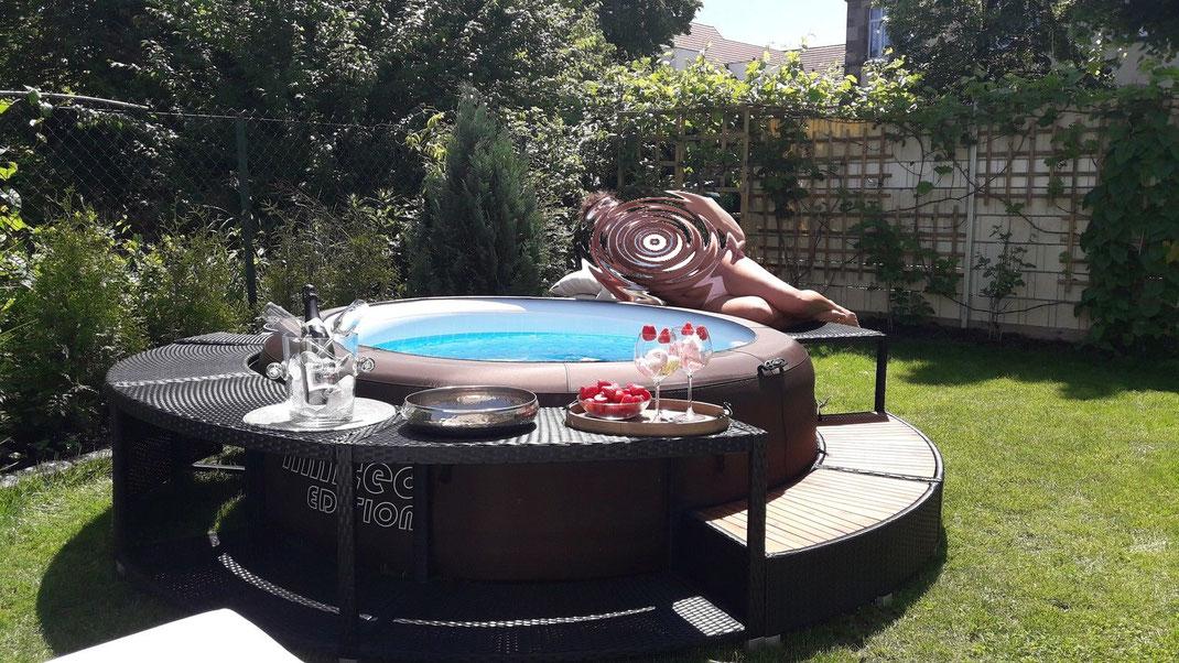Bestway #Lay-Z #Spa #piscina #idromassaggio #gonfiabile #bordo #polirattan #rattan #sandro shop #mobile #esterni #giardino #riscaldata #jacuzzi