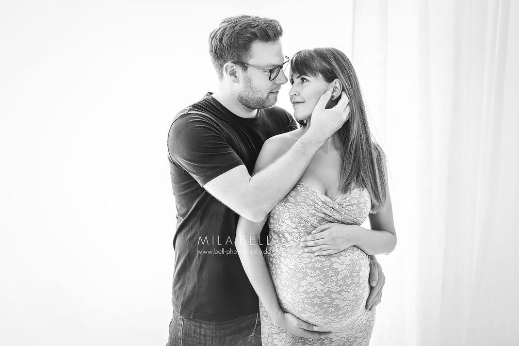 Schwangerschaftsshooting in Berlin Potsdam, Babybauchfotos, Babybauchshooting, Babybauch Shooting Fotoshooting, Fotostudio, Studio, Schwangerschaft, Schwanger, Fotograf, Babyfotograf, Schwangerschaftsshooting, Neugeborenenshooting