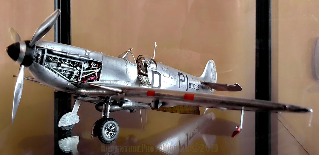MWP Studio:  Supermarine Spitfire Mk Vb Trumpeter kit 1/24 scale model based (customized) & detailed - MWP :  full aluminum coated