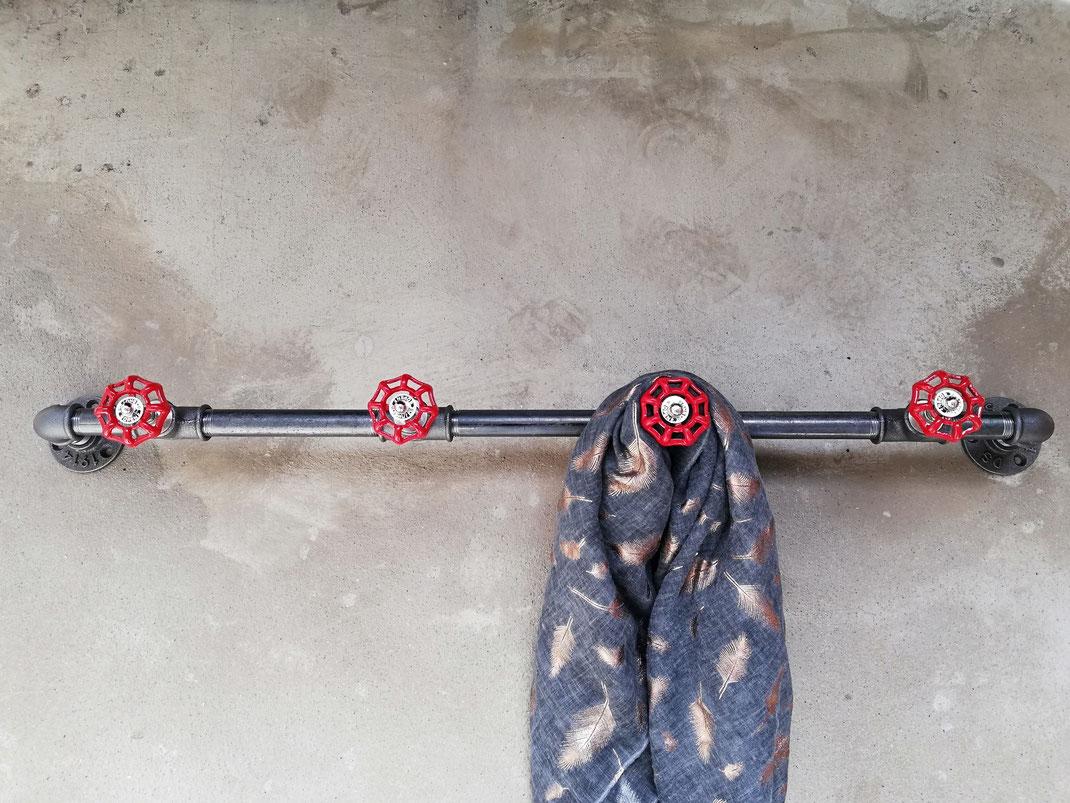 Steampunk Wandgarderobe Garderobenstange mit Wasserhähnen Industrial Urban Style