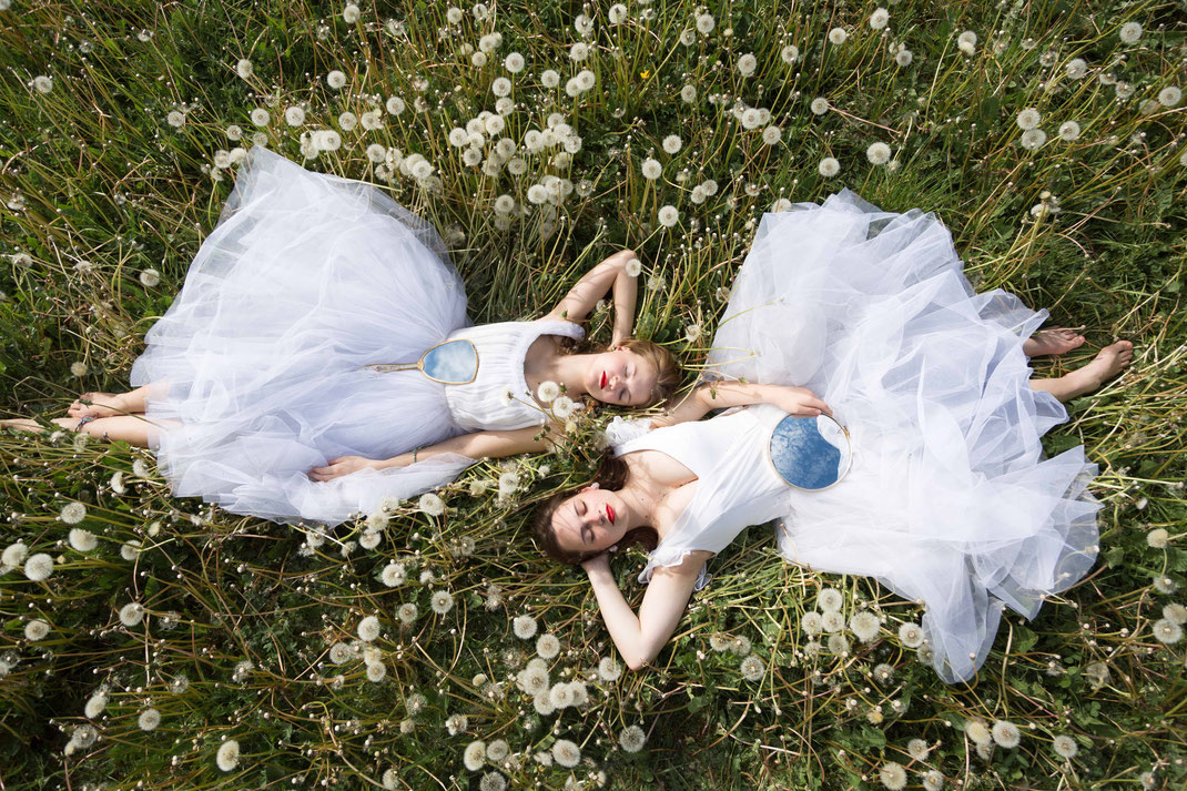 Pusteblumen-Ballerinas I, Au printemps, May 2017, Belgium