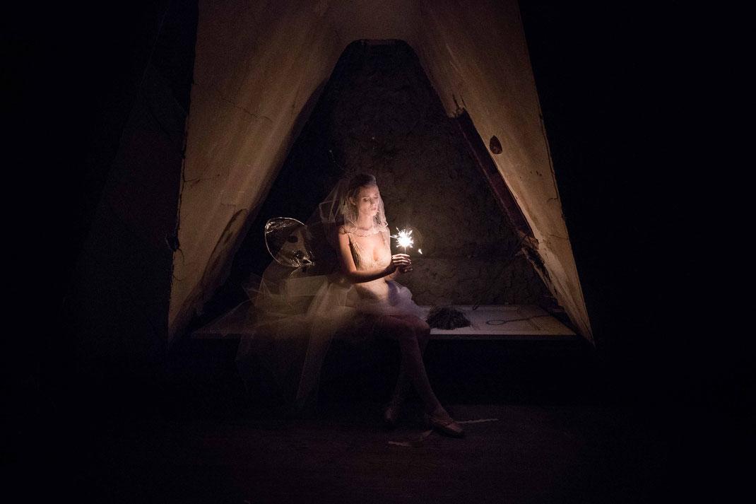 Moth Stories III, Nov. 2016, Belgium / Make-up Artist Carmen Gante