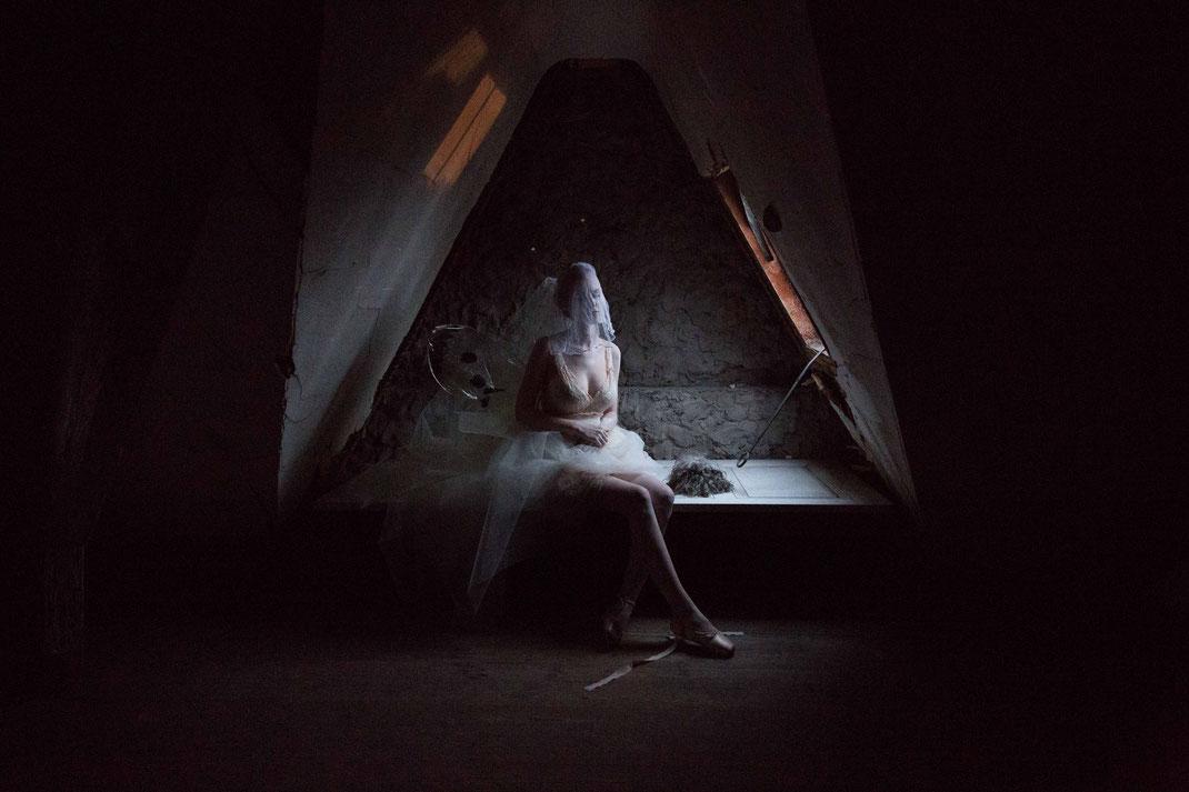 Moth Stories, Nov. 2016, Belgium / Make-up Artist Carmen Gante