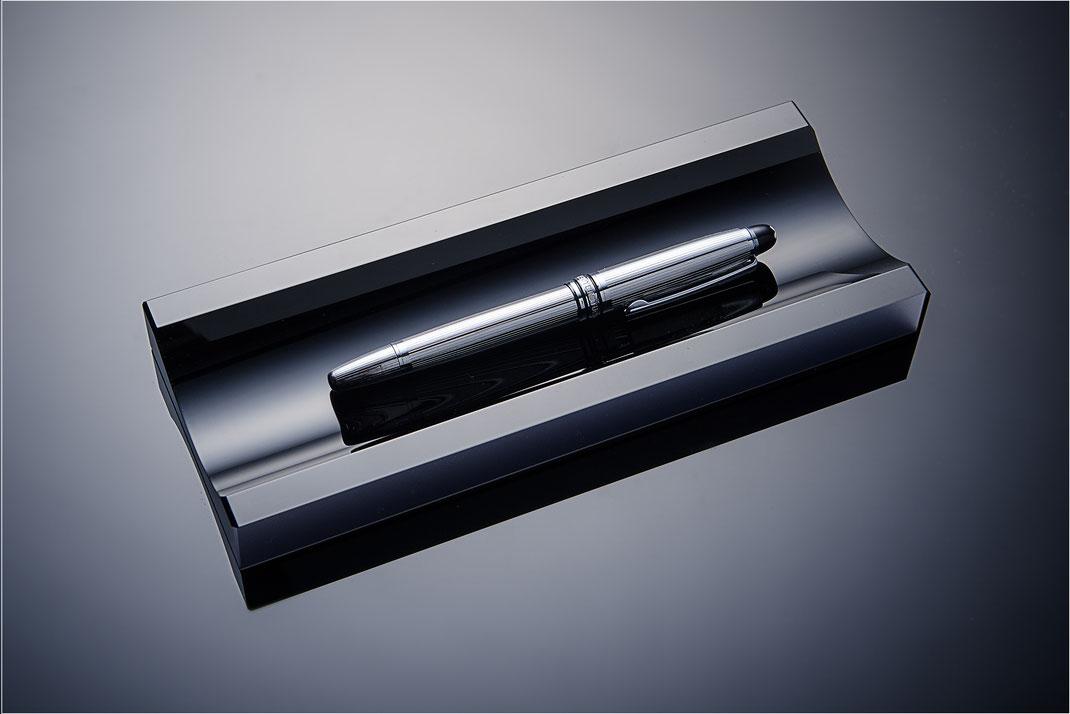 Stiftschale, schwarze  Stifteschale aus Schwarzglas