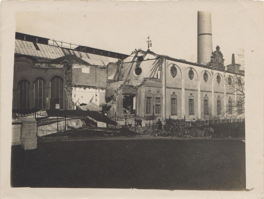Zerbombtes E-Werk im Jahre 1917 (Foto: Archiv Oehler)