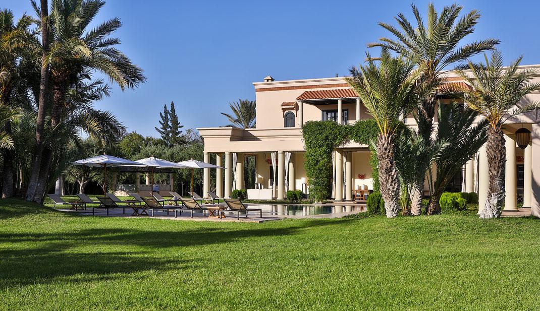 Séjour luxe Villa privée Marrakech avec tennis et piscine chauffée