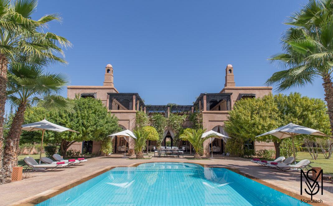 Location Villa Palmeraie avec piscine et tennis privé Marrakech