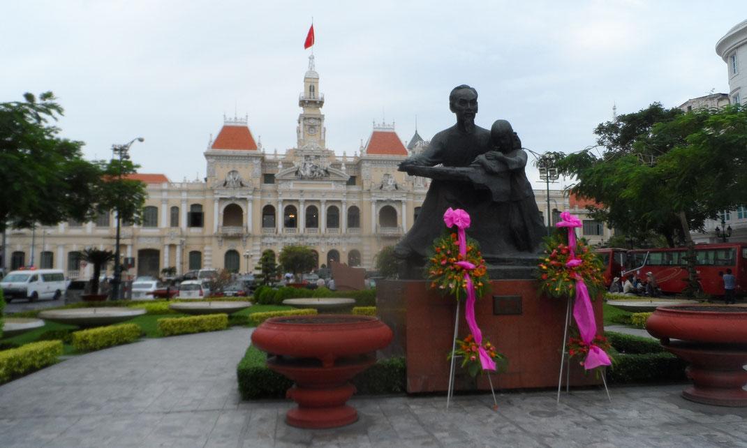 Hôtel de ville, Hô-Chi-Minh-Ville.