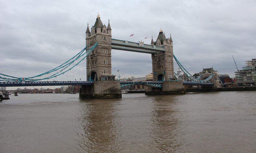 Tower Bridge, Londres.