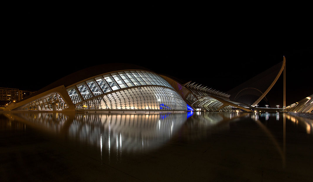 Valencia night, museum with modern architecture and reflection in the water, city symbol, Spain, 1280x746px