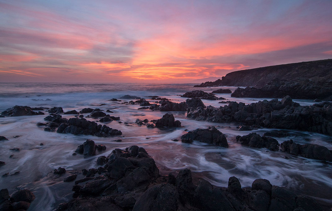 Beautiful purple sunset at Big Sur, Pacific Coast, Long exposure, California, USA , 1280x812px