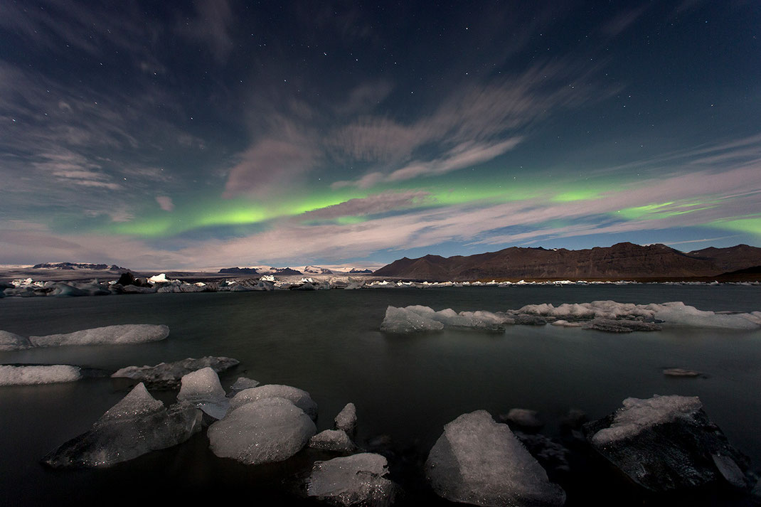 Aurora Borealis, Northern Lights at Jökulsárlón, Floating ice in the Lagoon, Glacier, Iceland, 1280x853px