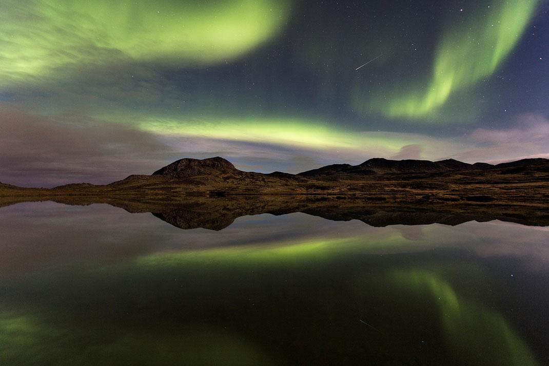 Aurora Borealis, Northern Lights at Snaefellsnes, Grundarfjördur, Satellite Trail, Iceland, 1280x853px