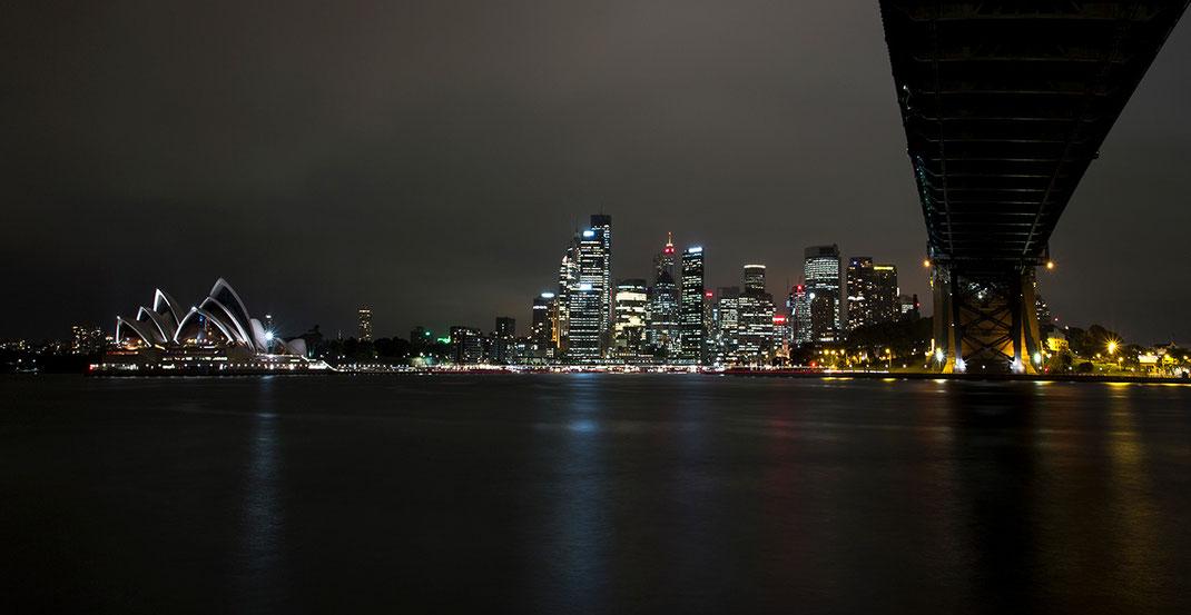 Harbour Bridge, Opera and the Sydney Skyline, Australia at Night, Long Exposure, 1280x662px