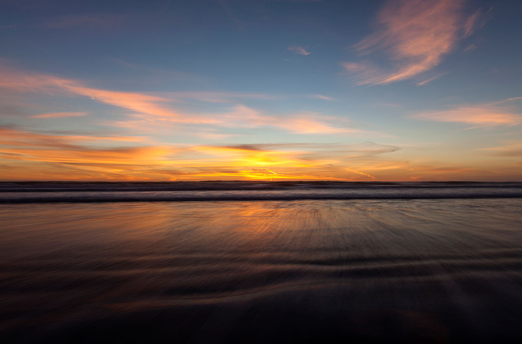 Warm sunset with flowing water at the beach, Long Exposure, ND-Filter, New-Zealand, 1280x845px