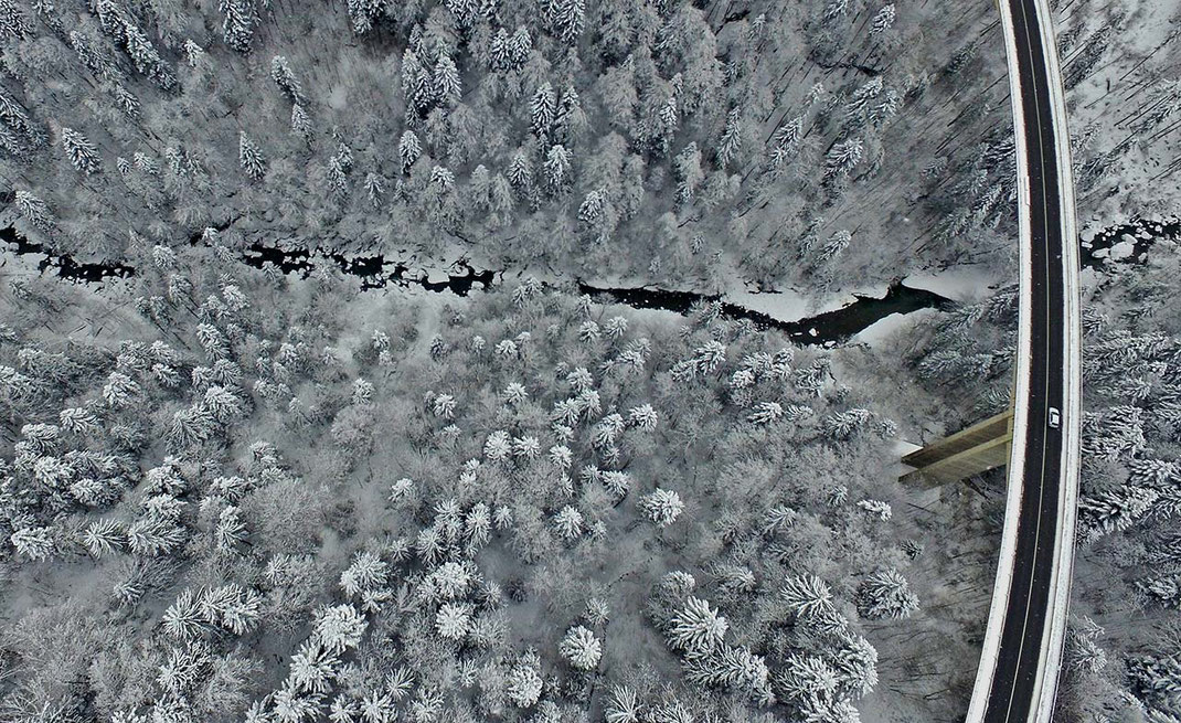 ice road and a bridge with a solitaire car and snowy trees, alps, dji phantom, drone, 1280x784px