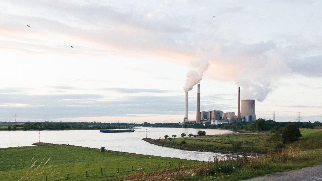 Emschermündung in den Rhein bei Dinslaken