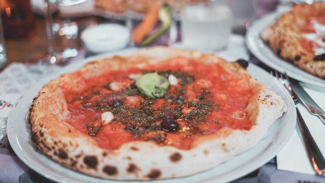 Pizza Siciliana (ohne Käse und ohne Sardellen)