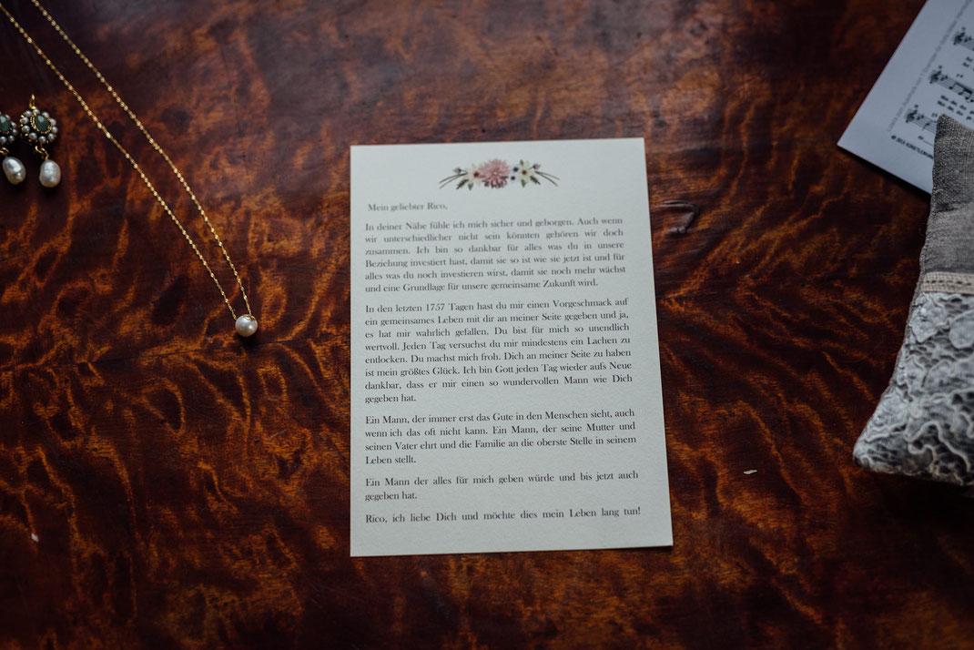 Rede der Braut auf hübschen Papier