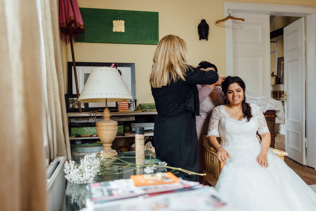 Hochzeitsfotograf Hamburg vom Hochzeitsfotografen für Hamburg Lübeck Bremen Schwerin Rostock Berlin München und Köln.