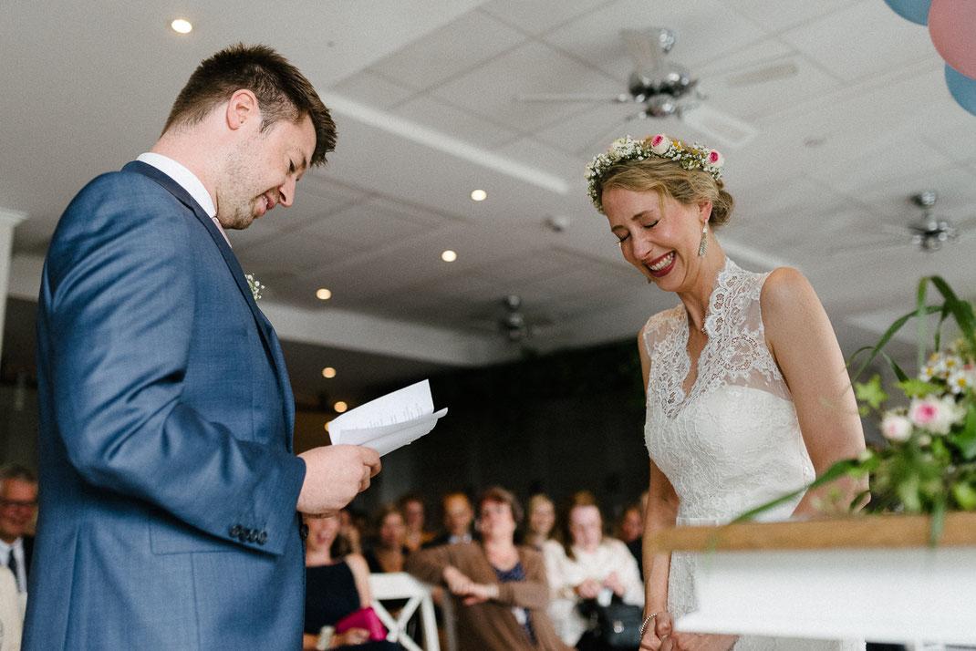 Braut Heulen Lachen Trauung