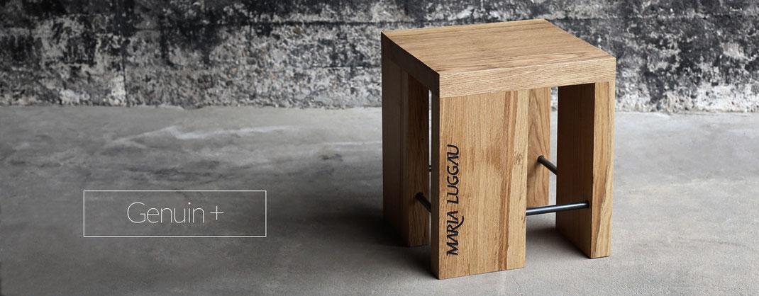 Hocker oder Beistelltisch aus Holz für den Wohnbereich