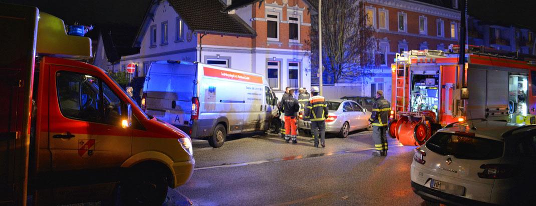 11.12.2016 - Schwerer Verkehrsunfall auf der Billstedter Hauptstraße.