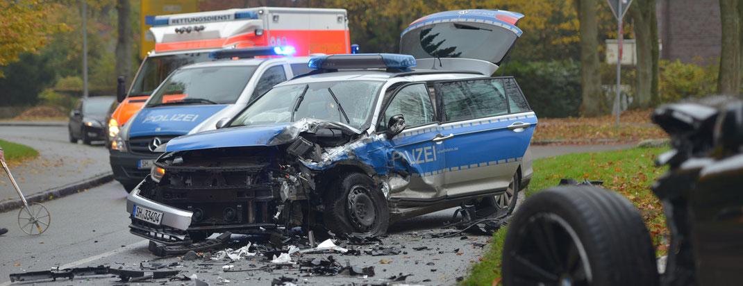 31.10.2016 - Blaulichtunfall in Großhansdorf.