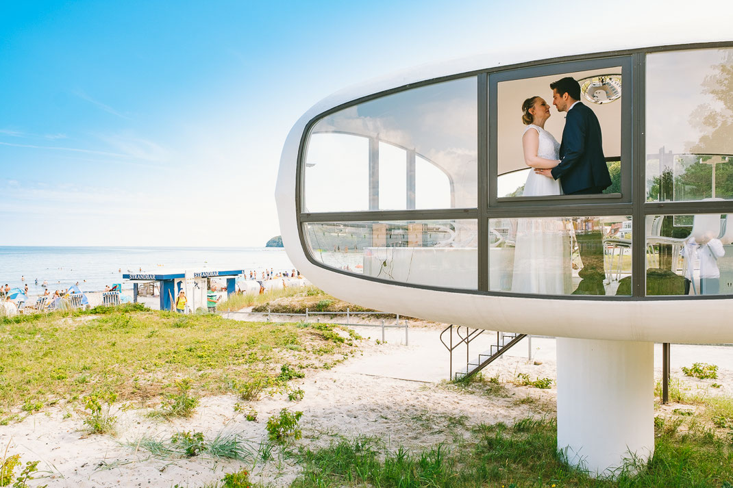 Heiraten am Strand im Müther Turm in Binz