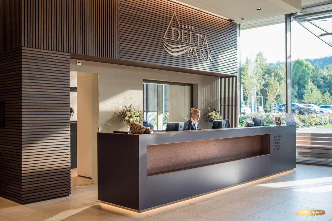 Hotelfotografie Schweiz Rezeption im Deltapark