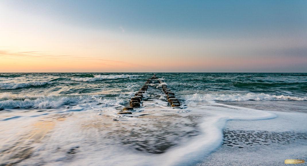 ©Friederike Hegner-2020 Wandbild Ostsee Buhnen in Ahrenshoop im Bildkunst Onlineshop